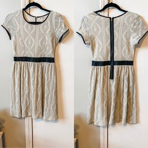 Monteau short-sleeved dress